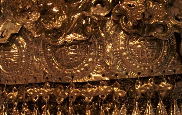 """Decorated With Gold And Silver"" Exhibition Leads Me To Learn More About The Chinese Culture."